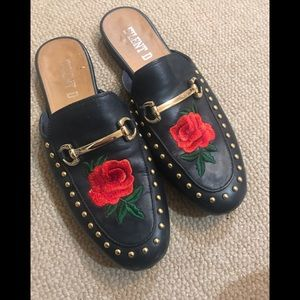 Shoes - Genuine leather navy loafers with red rose size 38